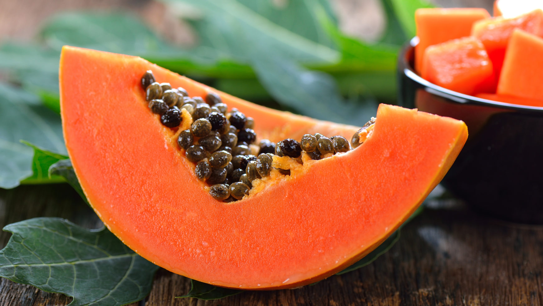 Carica papaya L.